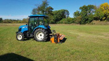 kaszálás-bozótirtás-traktor_optimized